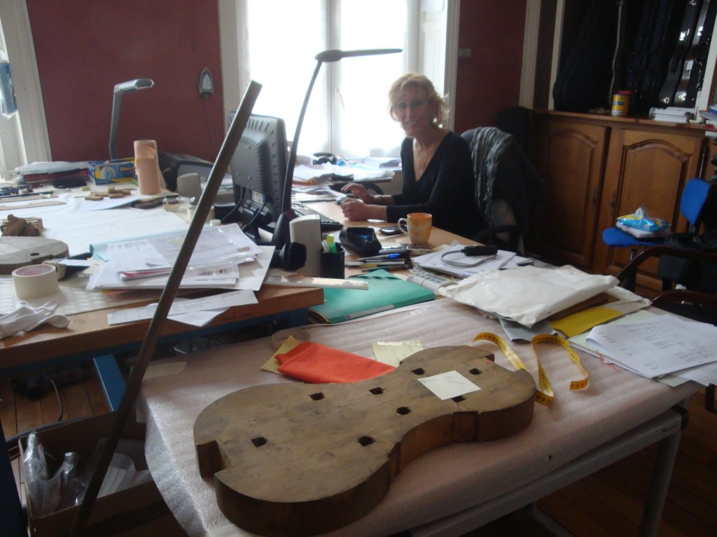 Anne-Sophie Trivin, Musée de la lutherie et de l'archèterie françaises, Mirecourt, 2014 (cliché HCH)