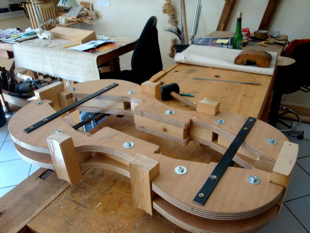 Atelier du luthier Charles-Luc Hommel, Marseille, 2014 (cliché HCH)