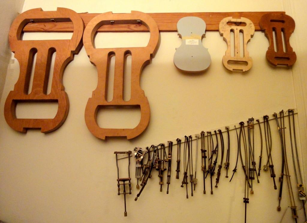 Atelier du luthier Frédéric Bonet à Aix-en-Provence, janv. 2016 (cliché HCH)