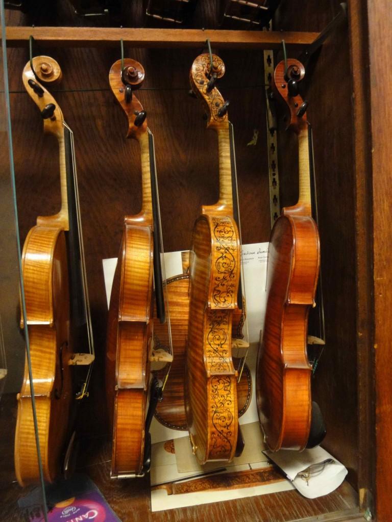 Violons classiques fabriqués par André Sakellarides