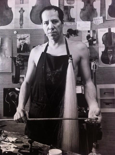 Portrait de l'archetier Jean-Pascal Nehr, par Patrice Terraz (2010, Marseille)